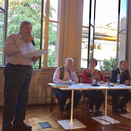 Il dottor Stiglitz e il dottor Bruno Ciaponi Landi con Anna Trombetta e Luca Bianchini alla conferenza in Villa Quadrio di Sondrio